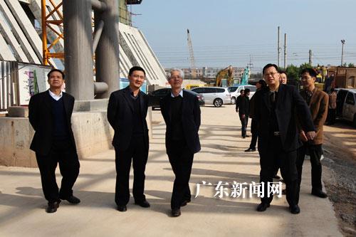 """""""中国馆之父""""何镜堂:石龙火车站很有""""东莞味""""调整式图片门外挂衣柜图片"""
