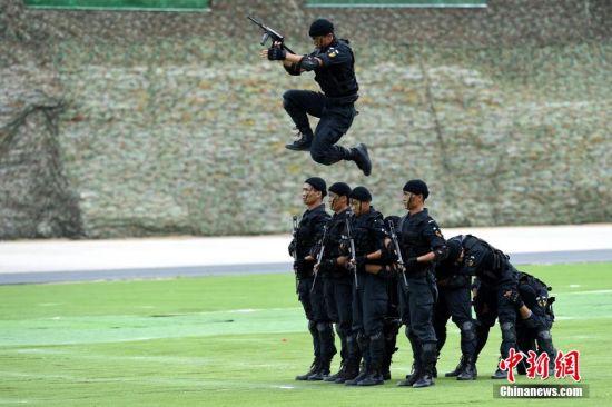 图为突击战术演练。景国民 摄
