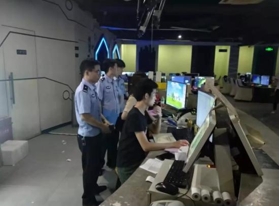 陆丰市网警大队对网吧落实实名制认证进行常态化检查