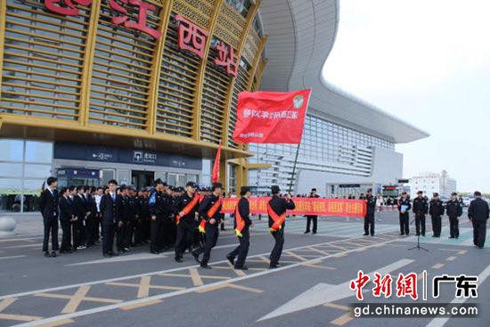 广铁佛山铁路公安处全力确保春运首日平稳有序