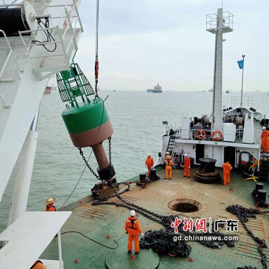 广州港开辟临时出海航道确保深茂铁路顺利施工