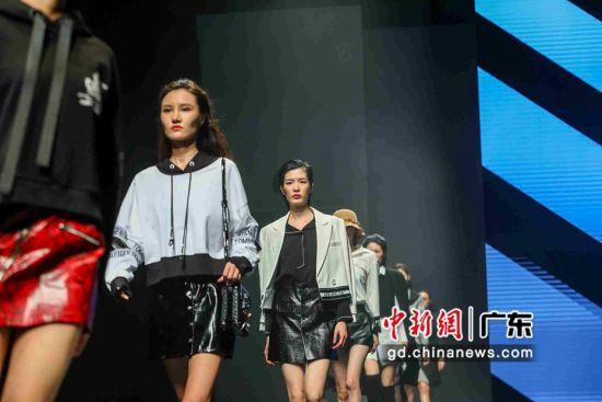 广州白马举行2020秋冬云尚发布会。作者:受访单位供图