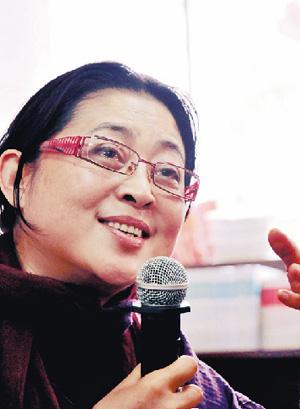 倪萍近照 (资料图)-52岁倪萍 疯狂 遭批内幕 后半生事业惊人揭秘 11