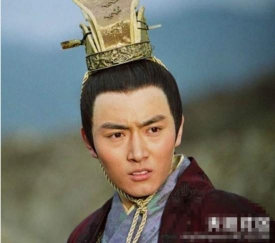 谢娜-果郡王李东学演过《少年杨家将》的姓杨的大郎。