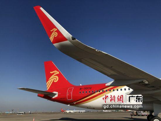 深圳航空航班一旅客突发疾病及时获救